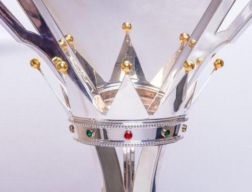 INSIDE THE CROWN: The Triple Crown Trophy